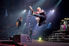 This pic of Green Day is tres cool, not to be confused with Tre Cool!  :)