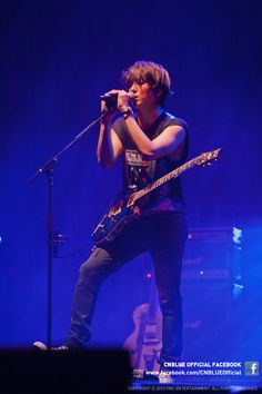 Yonghwa ♡ #CNBLUE - 'BLUE MOON' World Tour