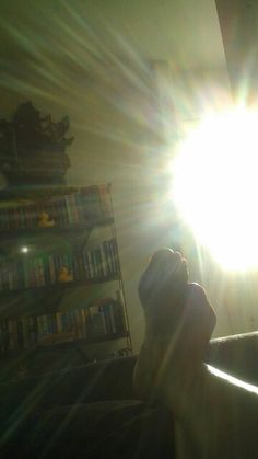 Los Rayosde sol entran por la ventana