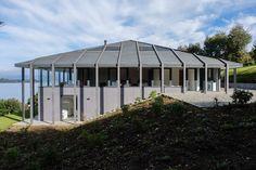 maison contemporaine avec toiture 4 pans et panorama poustouflant - Maison Moderne Avectoiture