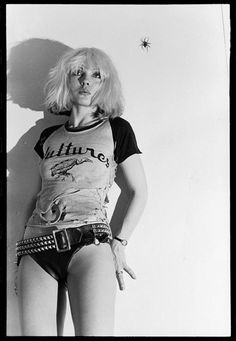 photography sexy music beautiful vintage NYC singer actress Band icon new york city dolls legend throwback Punk Rock boss blondie rock and roll Debbie Harry Deborah Harry 1976 music music rocker chick chris stein Blondie Debbie Harry, Debbie Harry Hot, Debbie Harry Style, Filles Punk Rock, Rock And Roll, Punk Magazine, Chris Stein, Mode Sombre, 70s Punk