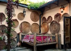 Cool exotic outdoor space w basket collection