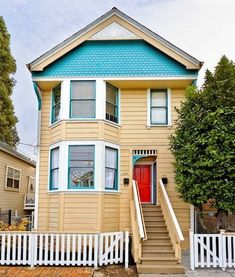 house of the week- Bob Vila Old Victorian Homes, Victorian Houses, Red Door House, Bob Vila, Deck Railings, Exterior Siding, Home Repair, Creative Home, Modern Interior