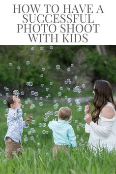 How to have a  successful photo shoot with young kids. Tips on taking pictures with toddlers, mommy & me pictures, boy mom, family pictures, mother and son.