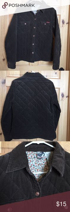 Adorable Roxy Jacket Roxy Jean quilted snap jacket with real cute lining. Cute with jeans! Only worn twice. Roxy Jeans Jackets & Coats Jean Jackets