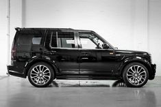 Land Rover Discovery 3 Body Kit by Xclusive Customz Sheffield Discovery Car, Range Rover Discovery, Range Rover Evoque, Range Rover Sport, Land Rover Models, Jaguar Land Rover, Best Luxury Cars, Jeep 4x4, Automotive Art