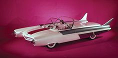 """Rare video showing the 1955 Ford Mystere concept car, the 1954 Ford FX Atmos concept car and the """"Atomic-powered """"1957 Studebaker-Packard Astral concept car. Both Mystere & Fx-Atmos were destroyed in the 60s.The Studebaker-Packard """"Astral"""" survived and can be seen at the Peterson Automotive Museum in L.A. California. Check it out: https://www.youtube.com/watch?v=ZdxibxcTc6U"""