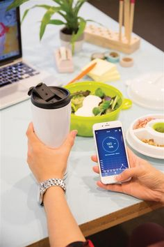 Make sure you drink enough water every day with this state of the art Smart Cup. The cup comes with an APP that is connected via wireless BT to the cup and monitors your daily intake of water and a built-in drink reminder. State Art, Mugs, Bluetooth, Tableware, Ios 7, App, Android 4, Drinkware, Water