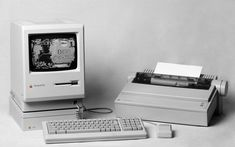 Apple Inc. Mac computers history Macintosh / 1920x1200 Wallpaper
