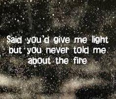 Fleetwood Mac - Sara - song