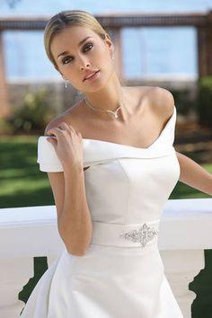 Ladybird Carmenkragen Brautkleid 43010
