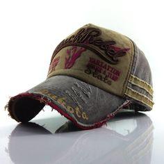Baseball Caps, How To Wash Hats, Cuir Vintage, Mocassins Cuir, Hat Embroidery, Hats Online, Flat Cap, Hats For Men, Hat Men