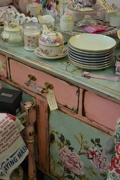 ..  Oh how me! Love the rustic antique furniture with the sparkle of the handle...the colors are so me too...Just dreamy!