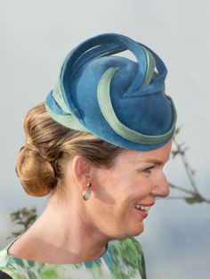 Queen Mathilde, September 27, 2013 | The Royal Hats Blog interesting technique in bringing trim out of crown. nicely made