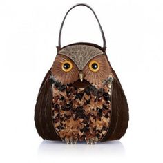 Bag at You - Carla Braccialini Rana Bag - With a bit of courage and a little desire to play with fashion, you will be exclusive and certain of admiration! Check out this exclusive owl handbag! Fashion Handbags, Purses And Handbags, Owl Purse, Owl Bags, Gucci Clutch, Animal Bag, Bag Pattern Free, Diy Handbag, Unique Purses