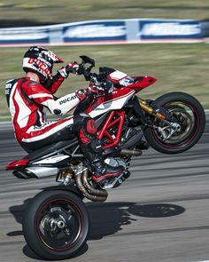 Hail the New Year. 2019 is gonna be Hyper. Moto Ducati, Ducati Enduro, Ducati Hypermotard, Ducati Motorcycles, Moto Bike, Custom Motorcycles, Scrambler, Retro Motorcycle Helmets, Suzuki Motorcycle