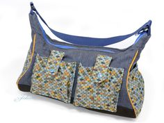 Tasche z.T. aus wiederverwendeten Stoffen / Bag partly upcycled / Upcycling