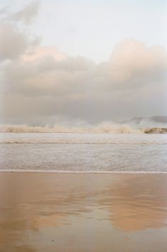 beautiful beach -waves crashing on the horizon, but gently washing up on the sand. (Via lover of all things cozy) Jolie Photo, Of Wallpaper, Cream Wallpaper, Aesthetic Wallpapers, Seaside, Serenity, Surfing, Scenery, World