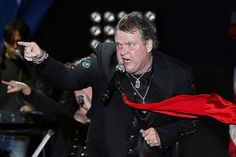 Meat Loaf revealed health issues had prevented him from singing for a year in January 2018.
