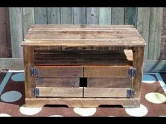 Recopilación 2 de imagenes de muebles de palets reciclados y alguna madera más.wmv Pallet build of a storage trunk