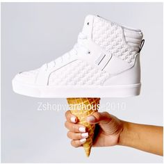ZUMBA STREET BOSS High-Top Shoes Trainers Max Support! -fr.Convention! YUMMY! #ZumbaFitness #FashionSneaker