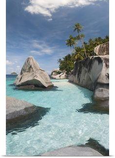 Pulau Dayang Beach, Malaysia #travelnewhorizons