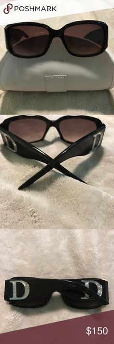 Christian Dior dark brown and black Sunglasses Christian Dior dark brown and black sunglasses. Similar to the tortoise type of coloring.  Nothing missing. Very pretty.   Make me an offer! :)  I can bundle as well! Just ask :) Christian Dior Accessories Sunglasses