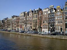 keizergracht canal, amsterdam  (stoops, brick)