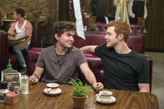 Shameless' Season 7 Spoilers: Are Ian And Mickey Getting Back ...
