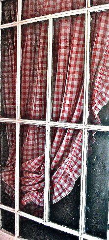 traditional farmhouse curtains