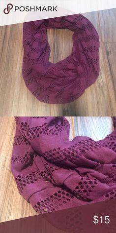 Purple spring scarf Never used! Super cute infinity scarf for spring and summer! Spring Scarves, Lightweight Scarf, Ladies Boutique, Fashion Design, Fashion Tips, Fashion Trends, Scarf Wrap, Infinity, Wraps