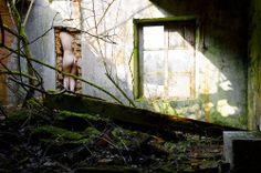 Combler les failles ©Julie Munier / selfportraithttp://juliemunier.comhttps://www.facebook.com/Julie-Munier-Photographe-157075924409332/timeline/