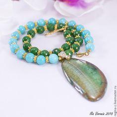"""Купить """"Бирюзово-изумрудный mix"""" колье из натуральных камней - бирюзовый, зеленый, изумрудный, яркий, агат"""