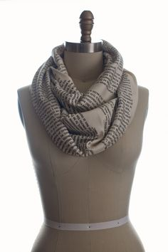 Sherlock Holmes StoriArts scarf!