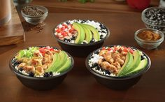 Del Taco highlights their new sliced avocado option with three new varieties of Fresca Bowls. Healthy Food Options, Healthy Meals, Healthy Recipes, Taco Rice, Del Taco, Lime Rice, Taco Bowls, Black Beans, Grilled Chicken