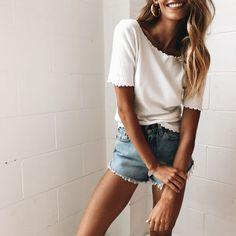 White t-shirt and shorts --> Fashion Pinterest: @FlorrieMorrie00 Instagram: @flxxr__