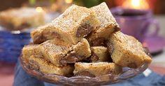 Dekadenta blondies med nutella i långpanna Pastry Recipes, Cake Recipes, Swedish Cookies, Danish Dessert, Fika, Blondies, Let Them Eat Cake, Afternoon Tea, Yummy Treats