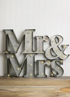 Every bride deserves to feel like an A-Lister on their wedding day, so we've put together all of the litspo to add marquee lights to your wedding. Marquee Letters, Marquee Lights, Light Letters, 3d Letters, Marquee Wedding, Wedding Dj, Wedding Signs, Wedding Ideas, Dream Wedding