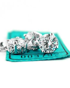 This gorgeous diamond gift set could be the ticket to her happiness!