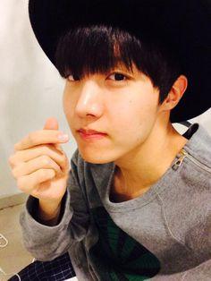 Can he be any more beautiful??? #Hoseok