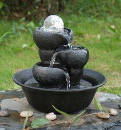 Fontaine en Résine avec 3 bols et Globe en Cristal avec Éclairage LED