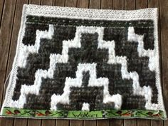 Pheasant and jute 2015 otago museum 2015 wedding 2014 matariki 2014 2014 Ella's korowai March 2013 . Flax Weaving, Weaving Art, Maori Patterns, Maori Designs, Guinea Fowl, Weaving Designs, Maori Art, Paua Shell, Pheasant Feathers