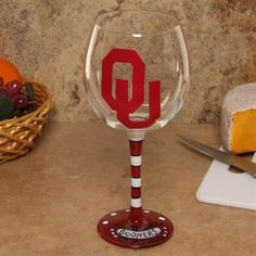 Oklahoma Sooners 16oz. Hand-Painted Wine Glass