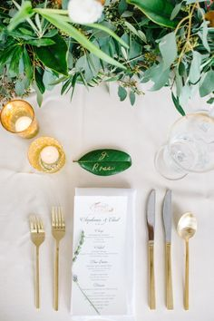 Gilded place setting: http://www.stylemepretty.com/little-black-book-blog/2015/03/26/elegant-lowndes-grove-plantation-wedding-2/ | Photography: Aaron & Jillian - http://www.aaronandjillian.com/