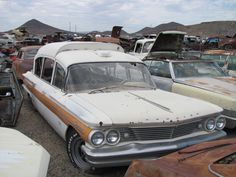 1960 Pontiac Bonneville Superior Ambulance