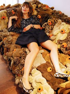 Sofa made of teddy bears