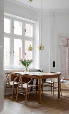 Home with clean lines and two antique cabinets - via cocolapinedesign.com #dining #home