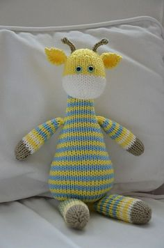 Harry the giraffe -- free pattern Knitted Doll Patterns, Animal Knitting Patterns, Knitted Dolls, Stuffed Animal Patterns, Baby Knitting Patterns, Free Knitting, Crochet Toys, Crochet Patterns, Knitting Toys