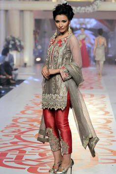 Complete Collection - Photo 17: 2015 Telenor Bridal Couture Week Asifa & Nabeel Formal Dresses ,