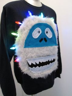 Yeti Ugly Christmas Sweater Bumbles Size MEDIUM by Thecostumestop